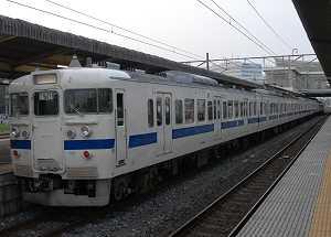 上野側にクハ401のラストナンバー、クハ401-90を含む鋼製車8連(649M・K561+K518)