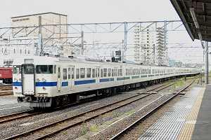 今日の354Mは綺麗な鋼製車チンイツの11連(水戸駅)