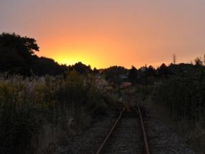 巴川駅の夕景