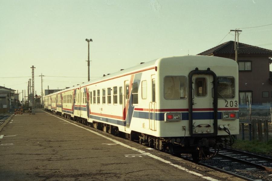 湊線キハ203
